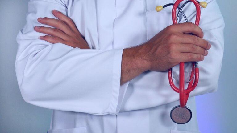Chirurg Arzt Amer Mansour